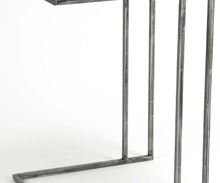 Bijzettafel Grained 62 cm hoog – Robuust hardhout   Zaloni